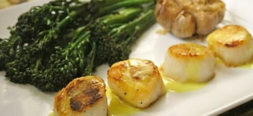 Pan-Seared Scallops in Lemon Sauce   Foods   Pinterest