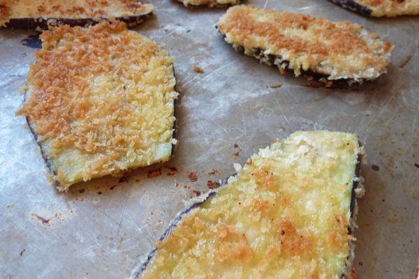 eggplant pizzas | Vegetable Dishes | Pinterest