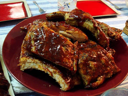 fall off the bones ribs in the oven | Food That's Meat | Pinterest
