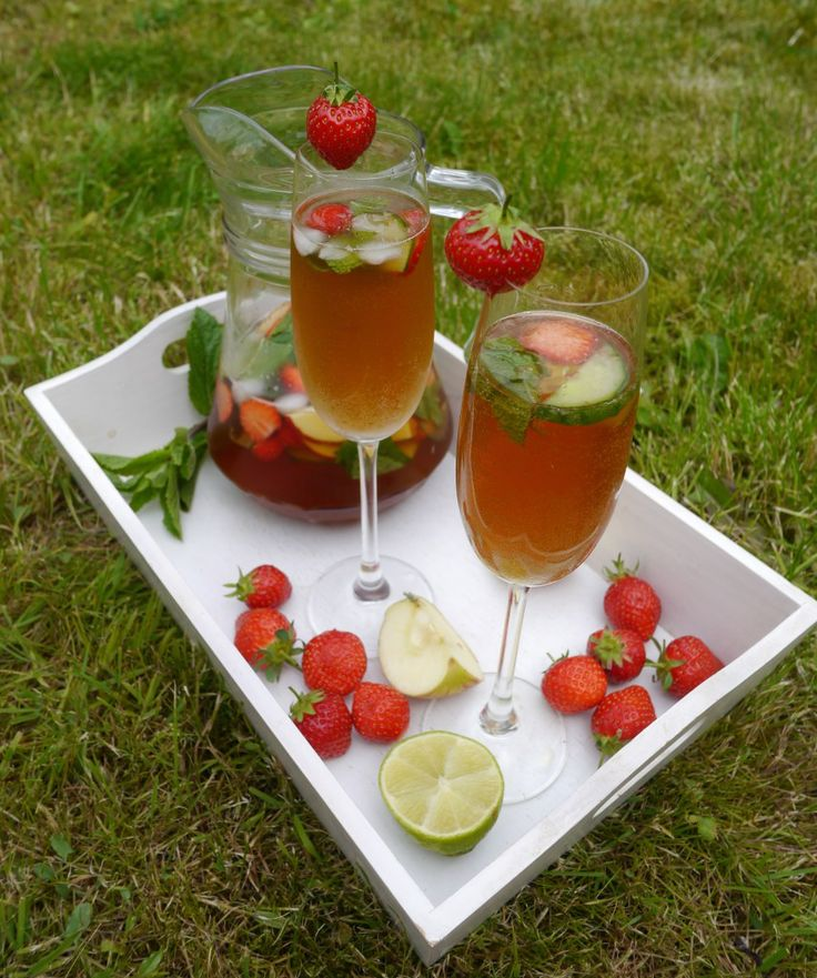 Pimms Royale with a Twist » Frost Magazine #pimms #cocktails # ...