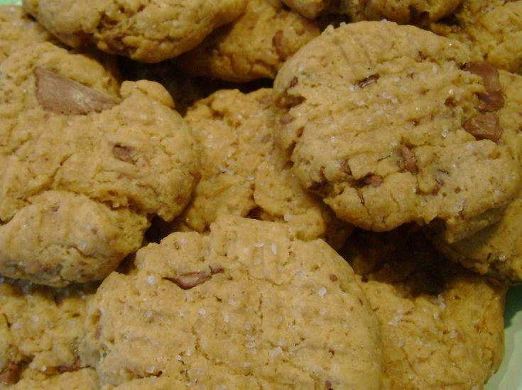 chocolate chunk peanut butter cookies | Food | Pinterest