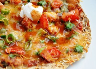 Mexican Tortilla Pizza........thinking I can make this pretty lo-cal