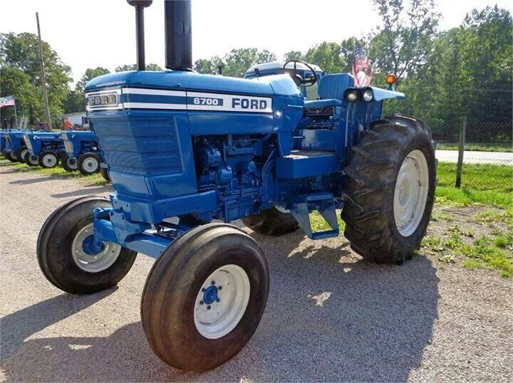 6700 Ford Tractor : Ford