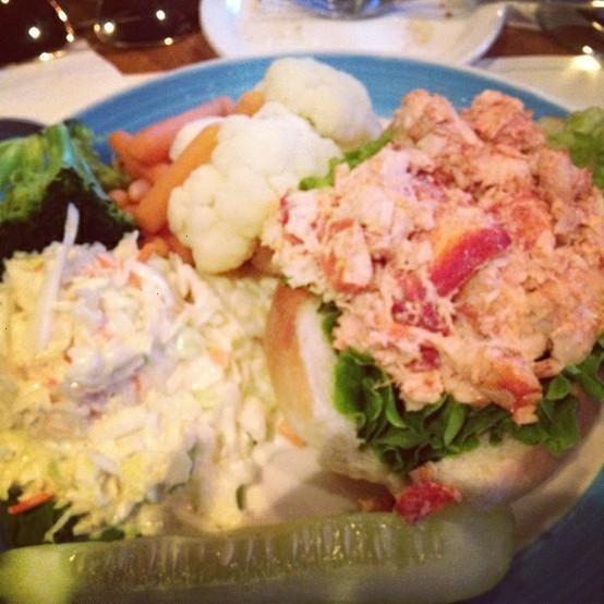 Lobster roll   Yummies   Pinterest