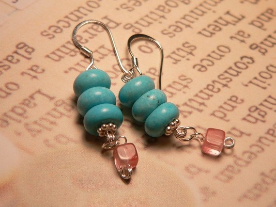 I found the book in the treasury chest with these beautiful earrings... A bookmark?