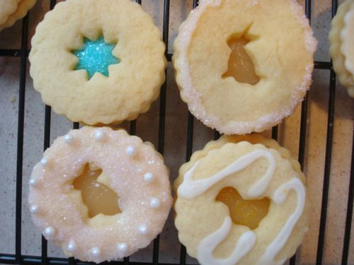 Lemon Curd Cookies - an interesting twist on the Linzer Cookies, I ...
