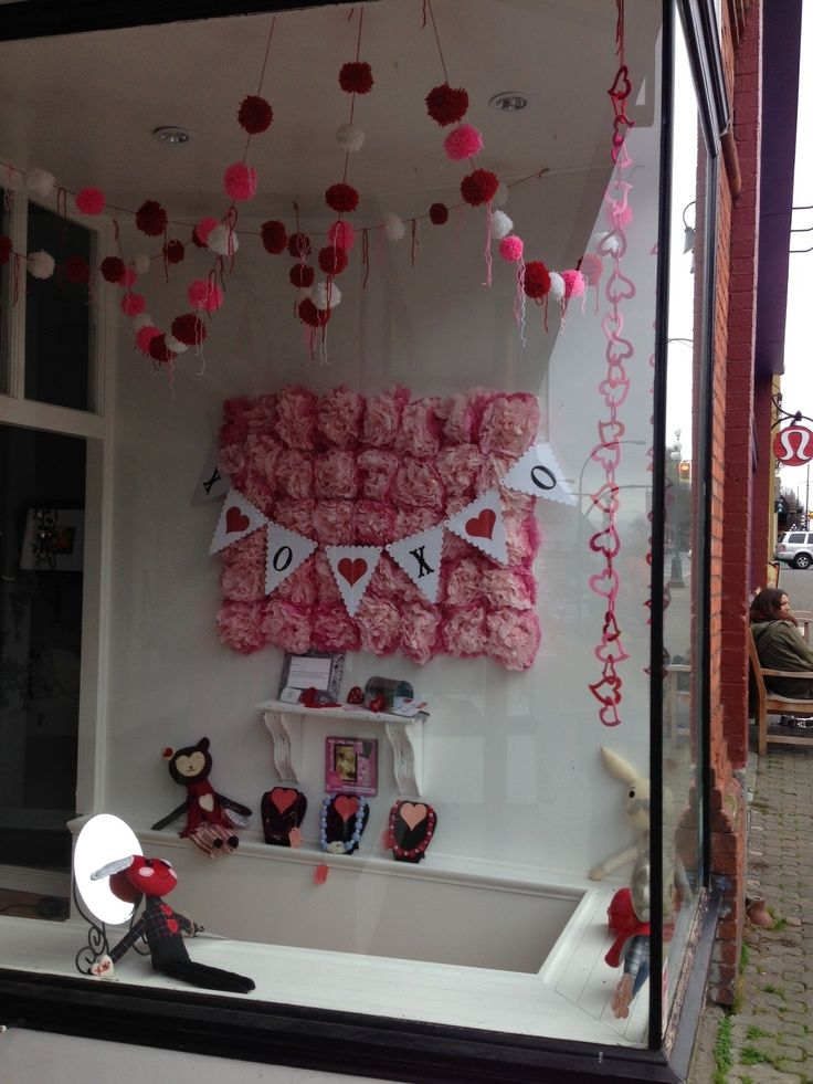 valentine's day store decoration ideas