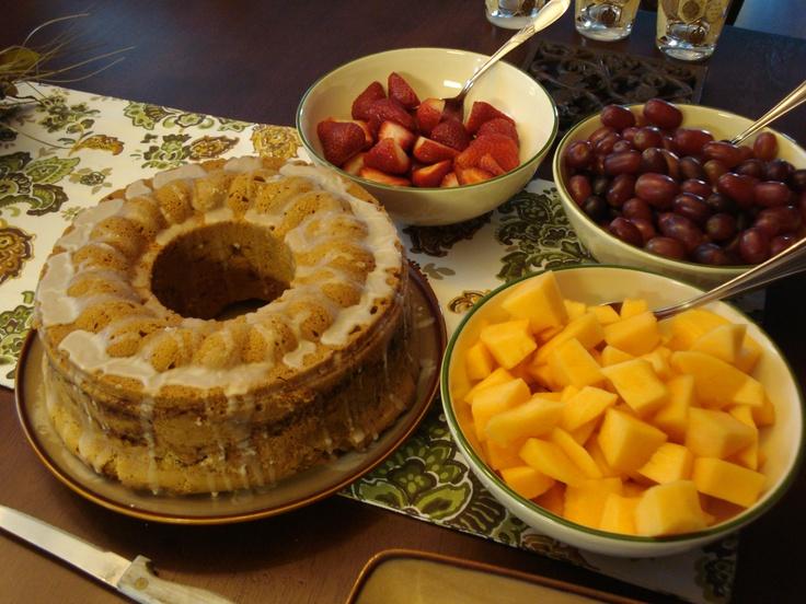 Sour Cream Coffee Cake | Garden Party | Pinterest