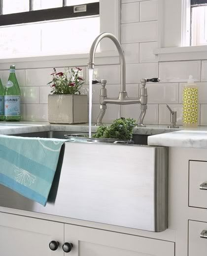 Farmhouse Sink With Faucet : farmhouse sink and faucet Future Home Pinterest