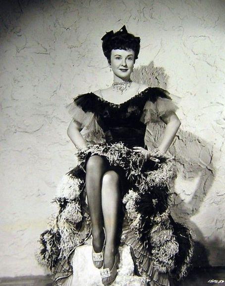 Margaret Lindsay   Vestidos de película II   Pinterest