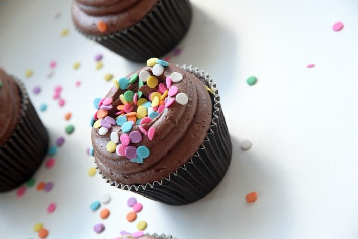 Super Easy, Super Moist Chocolate Cupcakes Recipe — Dishmaps