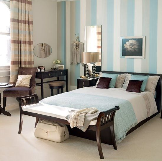 Calm and soft blue and brown bedroom ideas