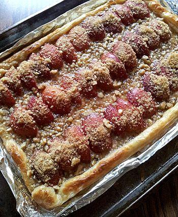 Plum Tart with Brown Sugar Mascarpone Cream and Walnuts - Creative ...