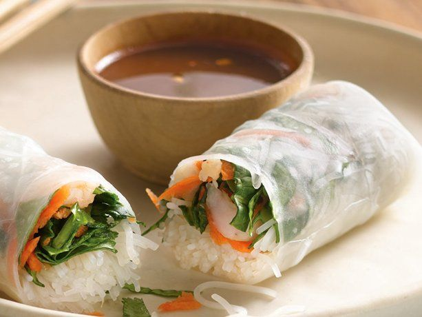 Shrimp Summer Rolls with Dipping Sauce - I love to get these at the ...