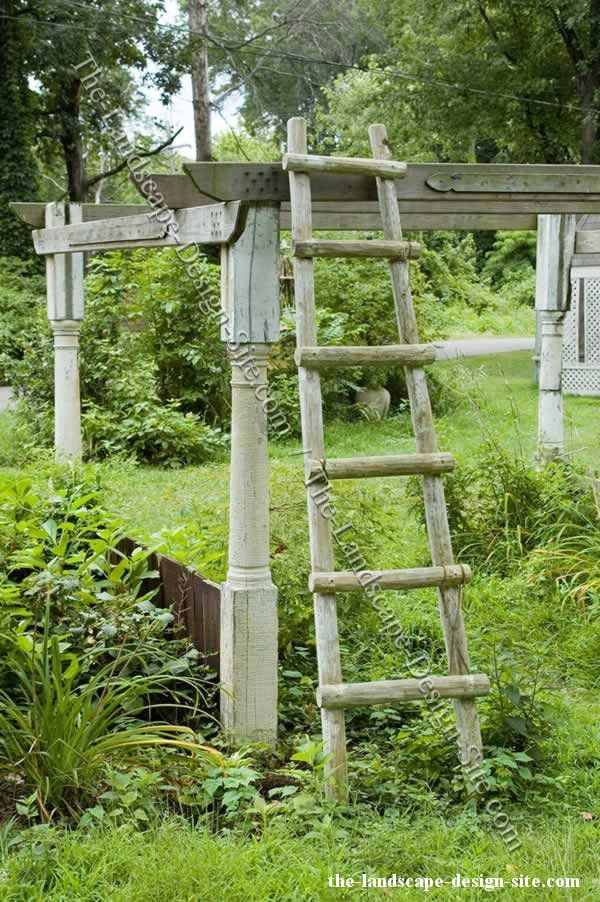 Use for garden decor i like ladders pinterest for Wooden garden ornaments and accessories
