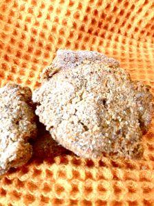Carrot Cake Juice Pulp Cookies (gf, vegan, refined sugar free)