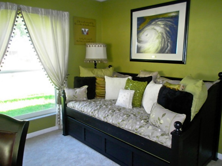 Black White Bedroom With Green Bedroom Organized