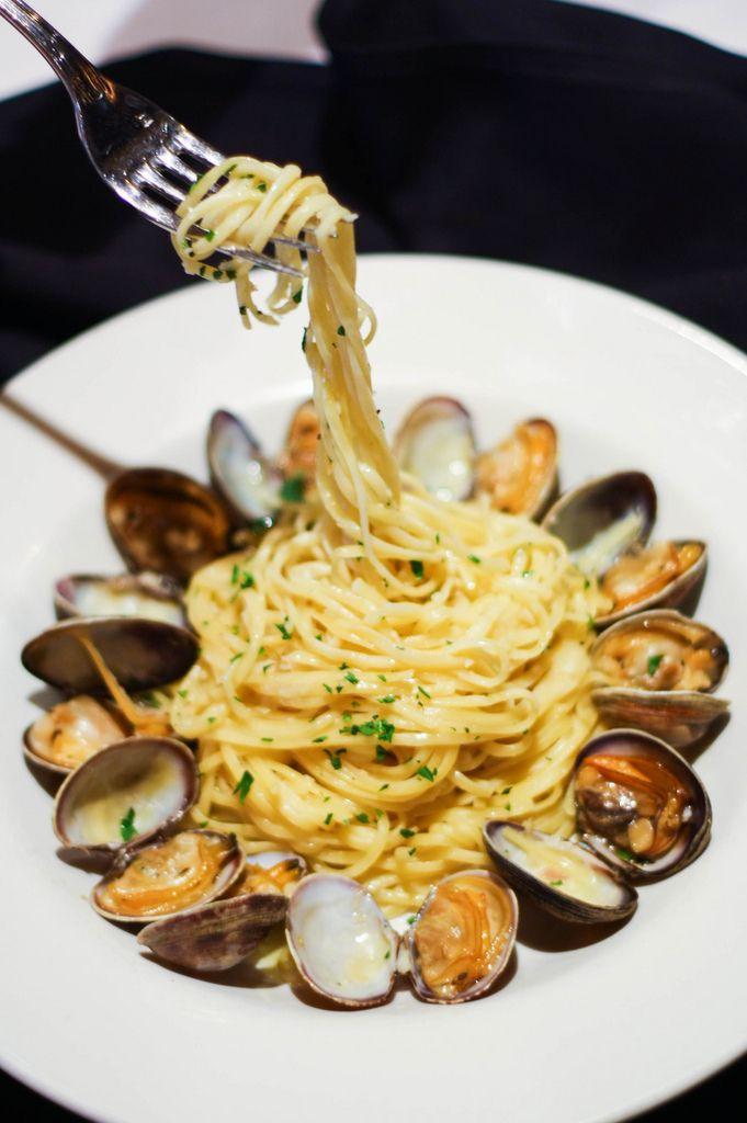 manila clam linguine | Food