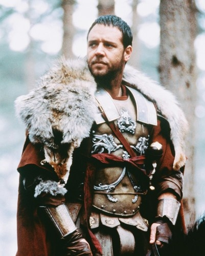 Maximus (Russell Crowe...