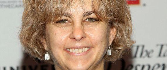Children's Book Awards: Kate DiCamillo Wins John Newbery Medal For 'Flora & Ulysses'