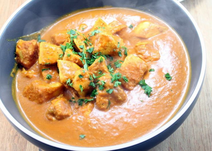 In a Hurry Chicken Curry on http://whitsamusebouche.com