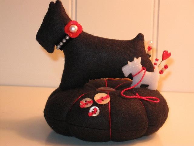 Scottie Dog Pin Cushion