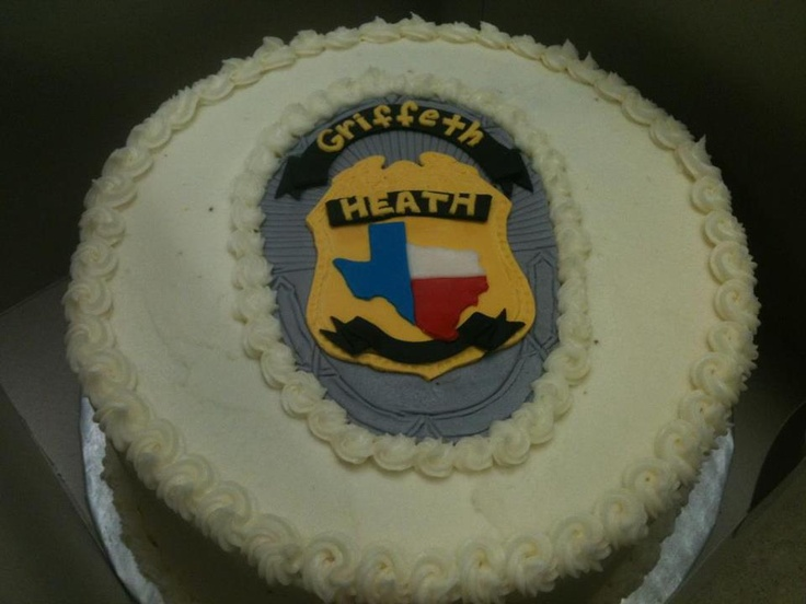 Cake Decorating Ideas Police Officer : Police Officer Cake Good Ideas Pinterest