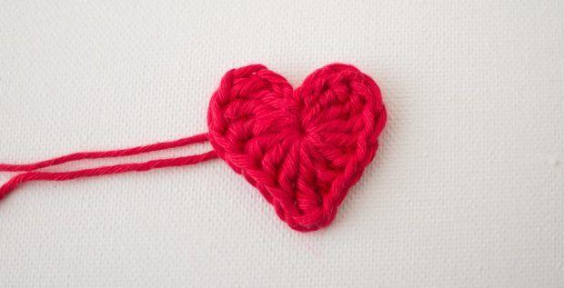 Crochet Tutorial Heart : crochet heart tutorial Crochet! Pinterest