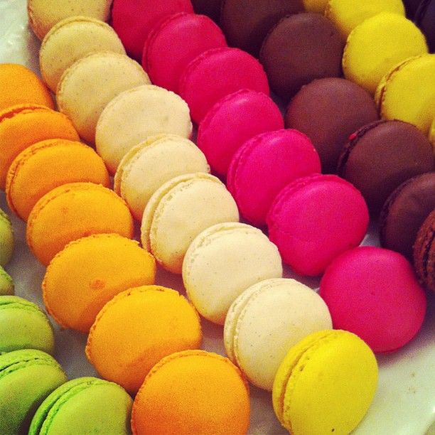 color macarons