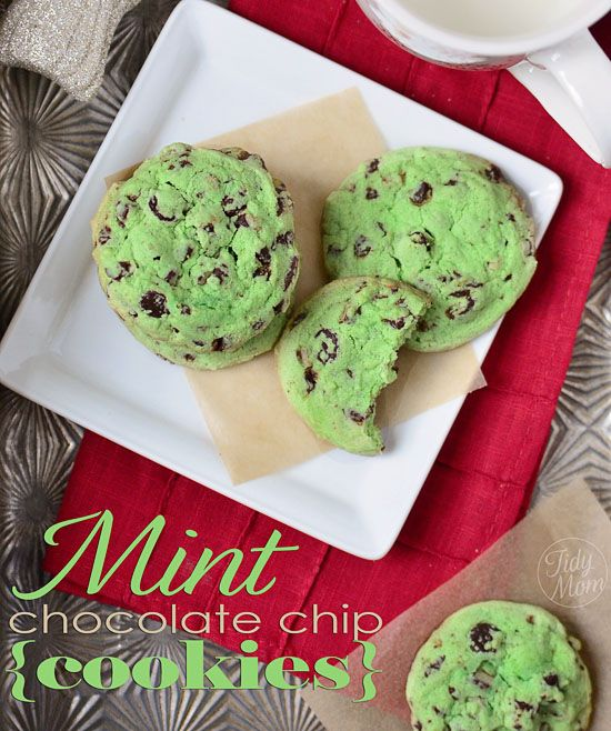 {easy} Mint Chocolate Chip Cookies via @TidyMom