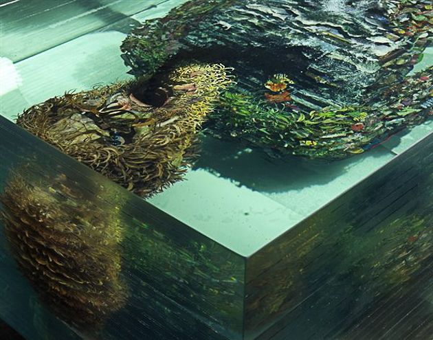 how to produce dustin yellin work