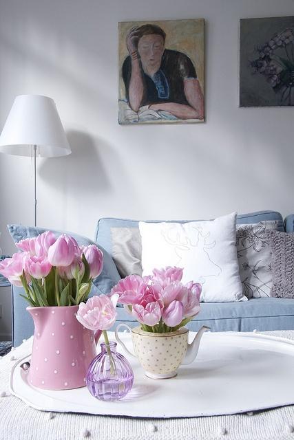 Teapot for flowers