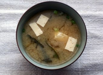 10 minute perfectly simple miso soup
