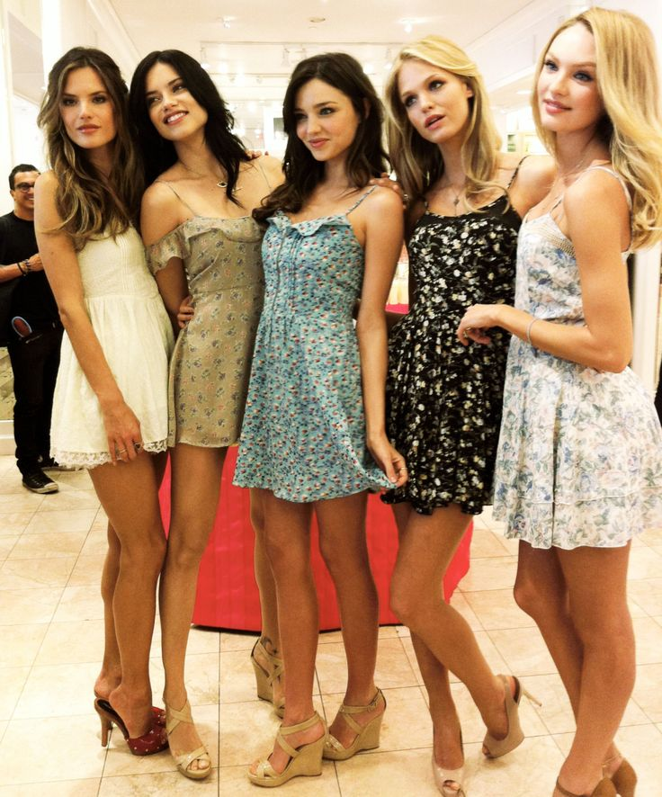 Victoria Secret Models Without Push Up Bras Victoria secret angels without the dramatic hair and makeup, the push-up