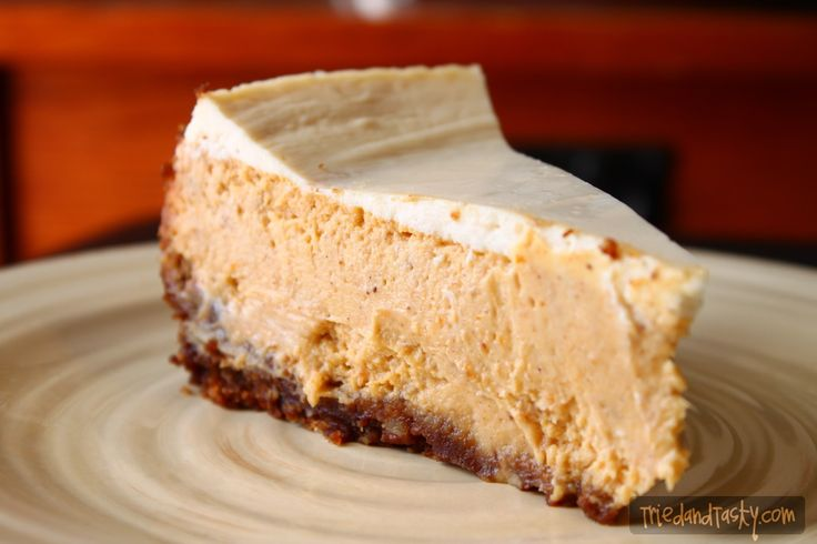 Pumpkin Cheesecake with Gingersnap-Pecan Crust // TriedandTasty