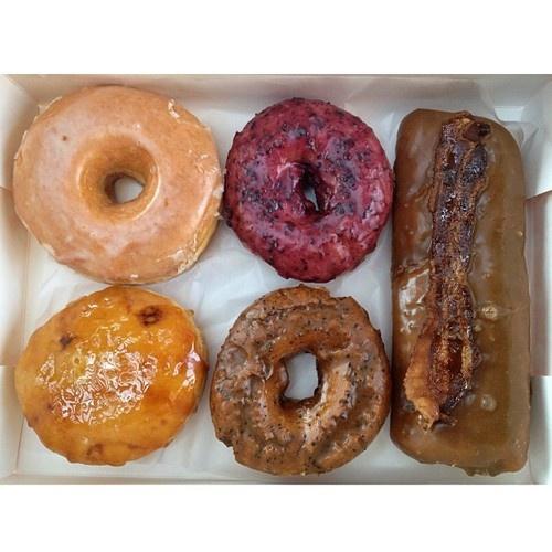 That maple bacon long john one | Doughnuts | Pinterest