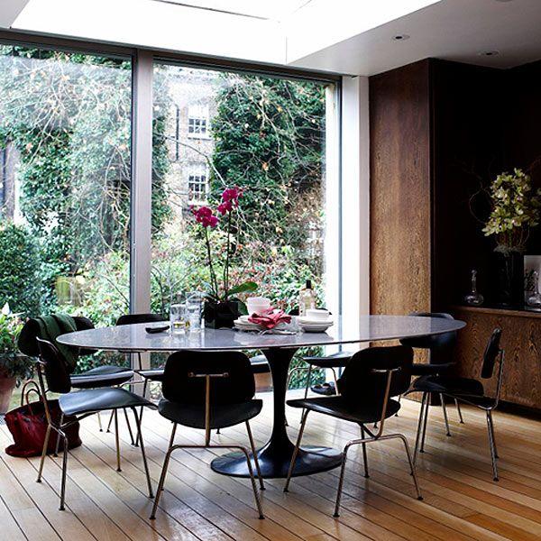 Saarinen & Eames  in black