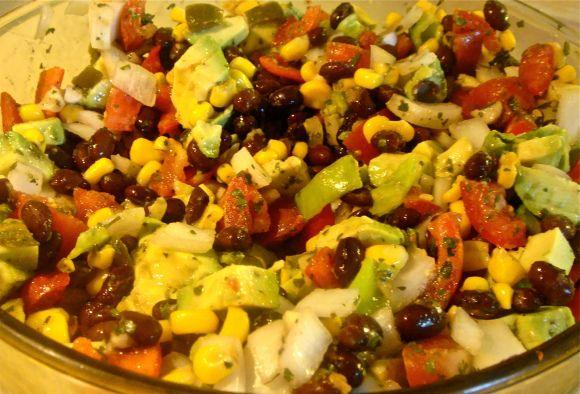 Southwestern Black Bean Avocado Salad | Healthy eatin... | Pinterest