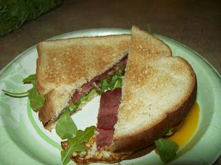 Bacon and Egg Sandwiches with Caramelized Onions and Arugula (Makes 2 ...