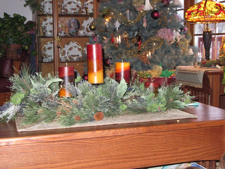 Candle Arrangement On My Coffee Table Christmas Decorations Pinte