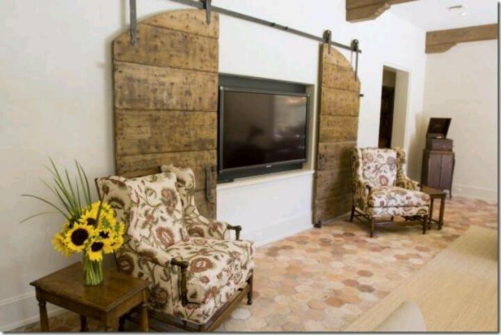 Love old barn doors | Door Decor | Pinterest
