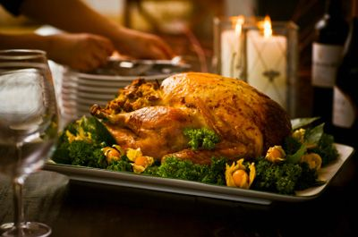 Roast your turkey with apples this year with this gluten-free recipe.