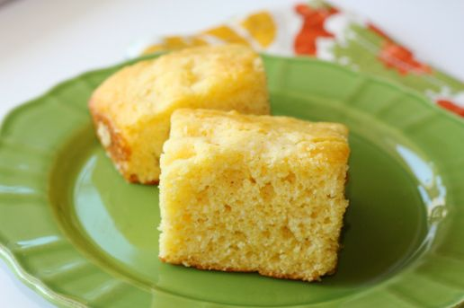 Sour Cream Corn Bread - Really good, moist & buttery but I would add a ...