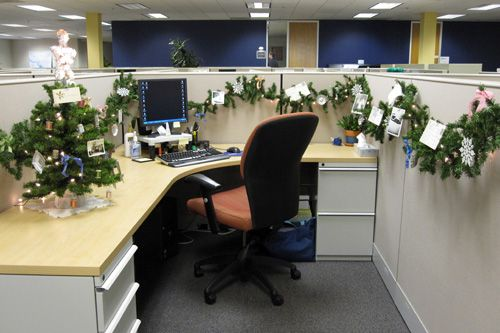 Christmas Decorating Ideas For Work Cubicle : Christmas cubicle decoration