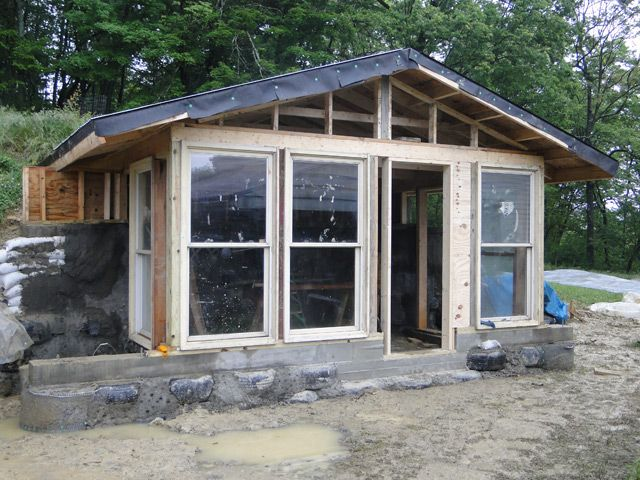 Build an off the grid house small house ideas pinterest for Building off the grid ana white