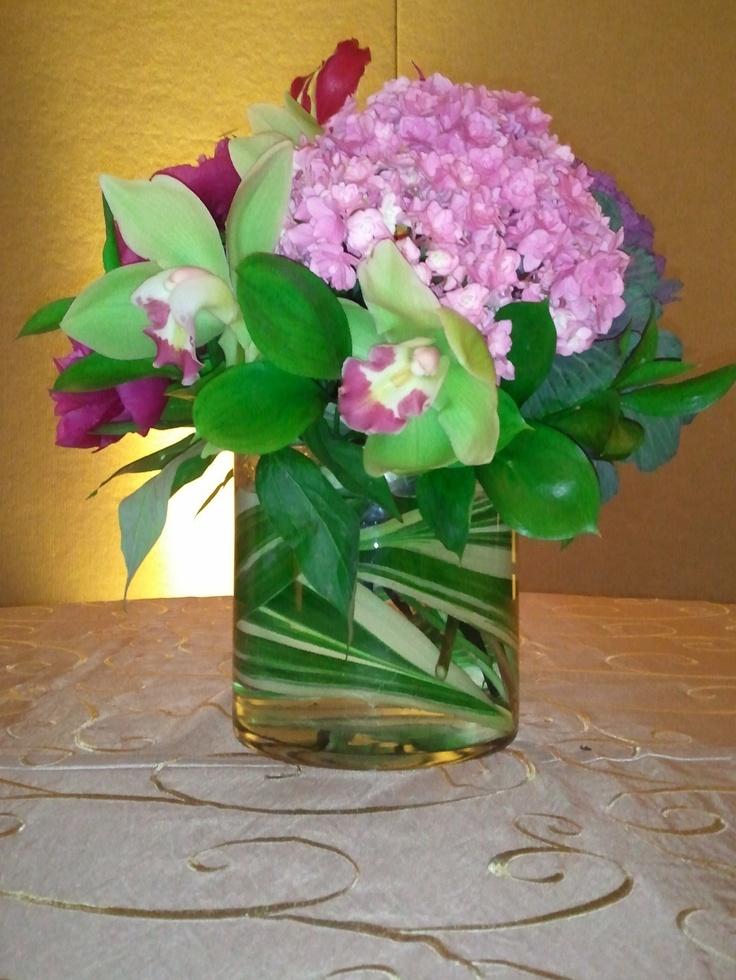 Pink and green centerpiece wedding ideas