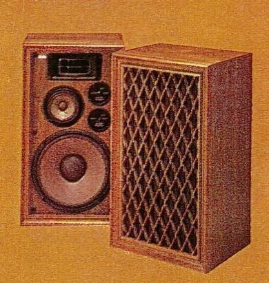 Pioneer CSA700 speaker was typical of mid1970s Japanese