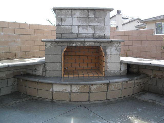 Concrete block outdoor fireplace construction pin by mandy klessig