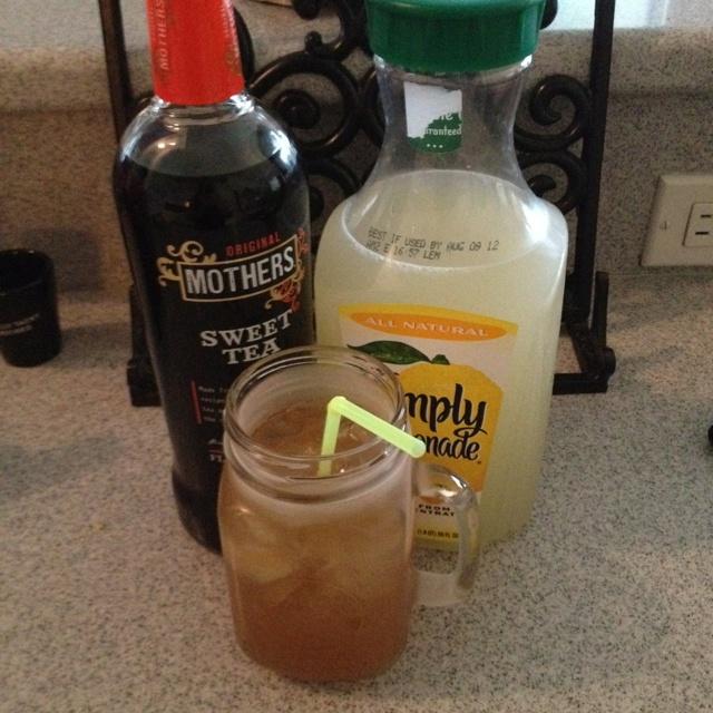 Sweet tea vodka and lemonade. So yummy :)