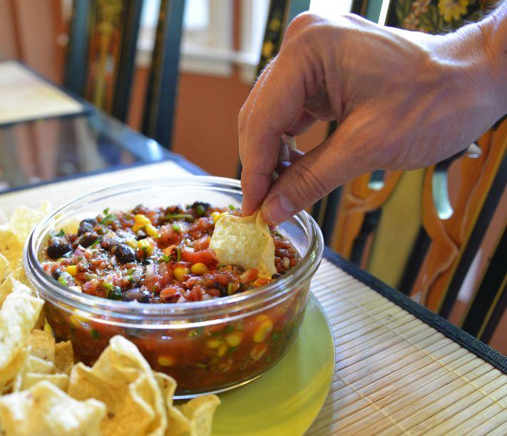 Black Bean and Corn Roasted Salsa | Recipes | Pinterest